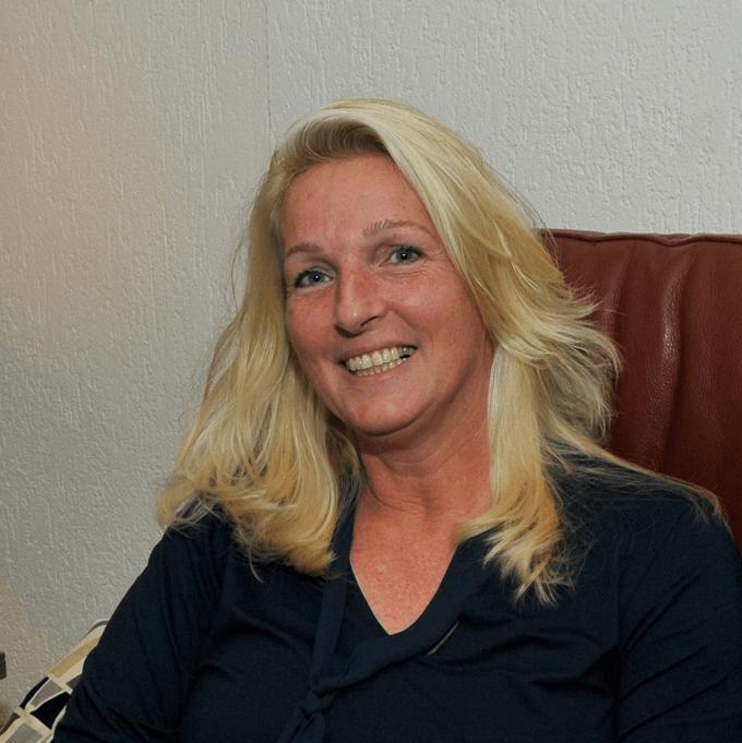 Karen Poelstra